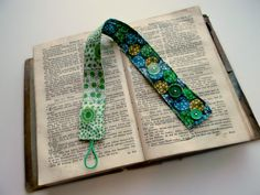 Adjustable Fabric Bookmark