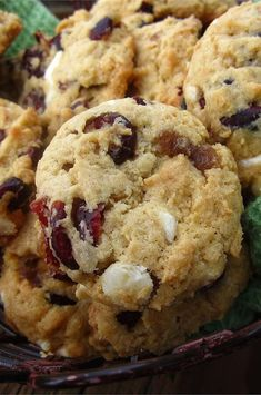 """Linda's Cranberry Cookies 