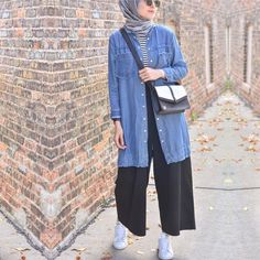 New style hijab kulot jeans 19 Ideas New style hijab kulot jeans 19 Ideas – Hijab Fashion 2020 Modern Hijab Fashion, Street Hijab Fashion, Hijab Fashion Inspiration, Muslim Fashion, Modest Fashion, Fashion Outfits, Casual Hijab Outfit, Hijab Chic, Ootd Hijab