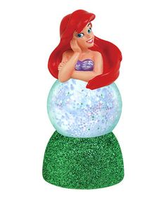 This fanciful figurine is the perfect addition to any petite play room's décor. Shaped like a darling Disney princess, this lovely light can stay aglow for up to 40 hours and changes colors seven different times!