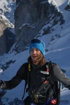 Die Skitour von der Lindauer Hütte zum Drusentor, dem Übergang in die Schweiz ist eine kurze, aber rassige Skitour mit einer wunderbaren Bergkulisse. Die 600 Höhenmeter Abfahrt über den steilen Nordhang ist absolut lohnend. Alps, Switzerland