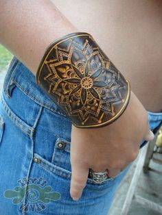 LeAthEr mandAla cuFf - hand tooled & painted