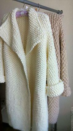 Fabulous Crochet a Little Black Crochet Dress Ideas. Georgeous Crochet a Little Black Crochet Dress Ideas. Crochet Coat, Crochet Jacket, Knitted Coat, Crochet Cardigan, Knit Jacket, Crochet Clothes, Crochet Winter, Shrug For Dresses, Crochet Fashion