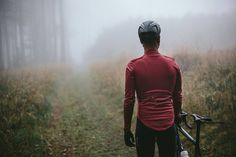 Riding throughout winter is what sort out the men from the boys. To survive the toughness of winter you need the right jacket to protect you from whatever gets thrown at you. Wind, rain, hail or snow - just keep it coming. I'm still here. Our MERINO MEMBRANE SOFTSHELL JACKET, the work of peerless styling and effective performance functionality, is now available in the sophisticated, natural earthiness of MARSALA. #isadoreapparel #roadisthewayoflife #cyclingmemories