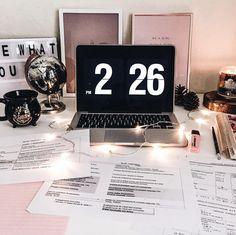 Desk goals study motivation