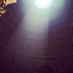 "Pantheon, Rome (@isadora_exploradora) on Instagram: ""Build your alter here 🙌 #pantheon #hadrian #rome #italy #architecture #travel #roma #roman #italia"""