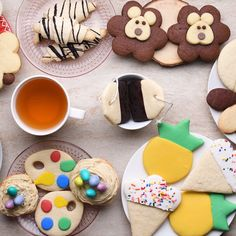 It looks like warmer weather is finally here to stay, and is there any better way to celebrate than by decorating cookies? Spoiler alert: there is not. We'll show you how to make basic sugar cookie. Sugar Cookie Dough, Sugar Cookies, Tea Cookies, Kawaii Cookies, Cupcake Cookies, Cookie Recipes, Dessert Recipes, Pastry Recipes, Frosting Recipes