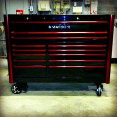 Toolbox of the Day: Industrial Strength Garage Loft, Garage Tools, Garage Shop, Dream Garage, Car Garage, Workshop Layout, Garage Workshop, Mechanic Shop, Motorcycle Mechanic