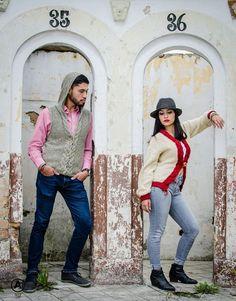 Sueteres de hombre y mujer tejidos a mano en colores tierra disponibles ..!