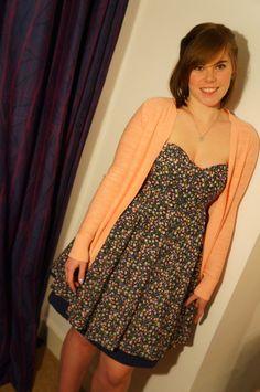 reversible dress brilliant idea!!!