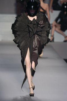 Paris Fashion Week 2005 Victor & Rolf