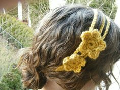 I have been waiting ALL WEEK  to show you this...   Isn't it Beautiful !? I am so proud of this little headband that I could just do a flip....