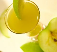 Granny Smith: Shake well with ice 1part Crown Royal whiskey, 1part sour apple pucker, 1part pineapple juice. Strain into glass.