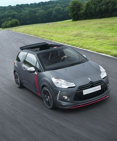 Citroën DS3 Cabrio Racing Concept Car, hell of a concept. Hopefully this one makes production untouched