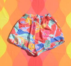 vintage jams shorts floral IZOD LACOSTE rainbow swim suit lined Small Medium 70s Shirts, Soft Corals, Vintage Shorts, Legs Open, Coral Pink, Cotton Shorts, Lacoste, Swimsuits, Tees
