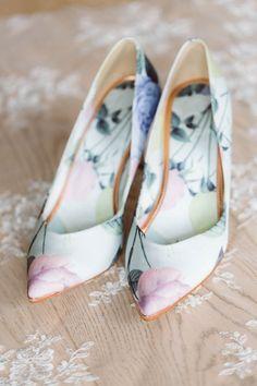 Botanical bridal shoes   Image by Eline Jacobine