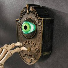 Animated Eyeball Doorbell | Grandin Road