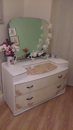 Decoupaged dressing table Reloved Emporium