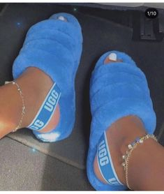 with that Ugg sensation its winter soon you got your uggs yet? Theyre : UGG . Cute Uggs, Fluffy Shoes, Ugg Sandals, Chanel Sandals, Jordan Shoes Girls, Ugg Slippers, Bedroom Slippers, Hype Shoes, Fresh Shoes
