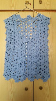 Crochet Top, Tops, Women, Fashion, Tejidos, Moda, Fashion Styles, Fashion Illustrations, Woman