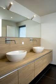 Afbeeldingsresultaat voor badkamerkast houten blad
