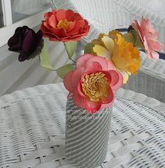 Spring_flowers  step by step tutorial - flowers created with Stampin' Up punches and dies.