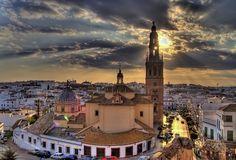 Carmona, uno de los pueblos con legado arquitectónico más rico de la provincia de Sevilla.