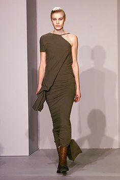 Rick Owens Fall 2002 Ready-to-Wear Fashion Show - Delfine Bafort, Rick Owens