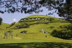 Peter Jackson loved New Zealand landscape so much he filmed all LOTR & Hobbit films here. Here are the Lord of the Rings locations and the Hobbit locations. Oh The Places You'll Go, Places To Visit, Earth Sheltered Homes, Rosarito, Underground Homes, Underground Living, Vanuatu, Bougainvillea, Middle Earth
