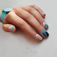 100 ideas a beautiful manicure short nails Catch the inspiration portion to a beautiful design manicure short nails! More than 50 ideas trendy manicure on short and very short nails Stylish Nails, Trendy Nails, Cute Nails, Hair And Nails, My Nails, Gel Nails At Home, Nagellack Trends, Chrome Nails, Nagel Gel