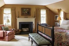 New England Farmhouse, Country Dining Rooms, 1930s House, Traditional Interior, Traditional Bedroom, Cafe Design, Connecticut, Home Interior Design, Interior Ideas