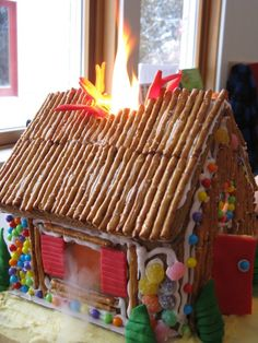 Hmm..think our gingerbread houses this Christmas need some special effects ;-)