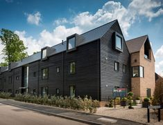 The Avenue Pollard Thomas Edwards Modern Architecture Design, Facade Architecture, Residential Architecture, House Cladding, Modern Townhouse, Mews House, Arch House, Architecture Visualization, Social Housing