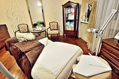 Wolfryz Salon. Olga Wolf Wolf, Bed, Furniture, Home Decor, Decoration Home, Stream Bed, Room Decor, Wolves, Home Furnishings