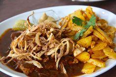 Veganer Zwiebelrostbraten | Vegana Indiana (c) STADTBEKANNT | Das Wiener Online Magazin | Wetter-Nohl Indiana, Ethnic Recipes, Food, Vegans, Weather, Meal, Essen, Hoods, Meals