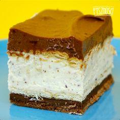 Po 4 godzinach wyjmij gotowe ciasto z lodówki i pokrój je na kawałki.