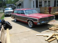 '68 Ford Country Squire Base Wagon