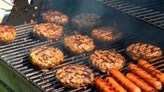 8 Mistakes Even Seasoned Cooks Make When Grilling Burgers - Atıştırmalıklar - Las recetas más prácticas y fáciles Grilled Steak Recipes, Grilling Recipes, Grilling Tips, Best Grilled Burgers, Grilled Food, Beef Recipes, Healthy Recipes, All You Need Is, Grilled Chicken Recipes