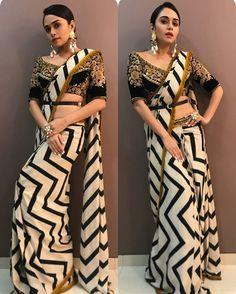 Indian pakistani bollywood new Designer Saree Wedding Party wear Lehenga Sari Bollywood Party, Indian Bollywood, Trendy Sarees, Stylish Sarees, Saree Draping Styles, Saree Styles, Designer Sarees Wedding, Saree Wedding, Indian Dresses
