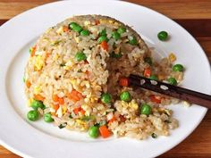 Serious Eats This recipe produces fried rice with individual grains and is lightly seasoned to allow the flavor of the rice to dominate. Stir Fry Recipes, Rice Recipes, Asian Recipes, Vegetarian Recipes, Cooking Recipes, Ethnic Recipes, Healthy Recipes, Protein Recipes, Chinese Recipes