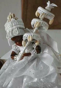Obatala Orisha, Voodoo Priestess, Yoruba Religion, African Culture, Little Girl Hairstyles, Gods And Goddesses, God Is Good, Deities, Life Is Beautiful