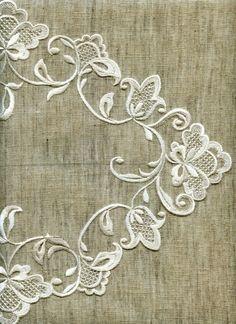 Белая гладь. Ручная вышивка. Образцы. - Kostos Nicola - Álbuns Web Picasa Embroidery Monogram, White Embroidery, Vintage Embroidery, Ribbon Embroidery, Cross Stitch Embroidery, Creative Embroidery, Hand Embroidery Designs, Embroidery Patterns, Machine Embroidery