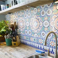HOW TO HAVE THE BEST OF MOROCCAN STYLE HOME DECOR SIGHT AND FEEL IN YOUR HOME MOST EASILY