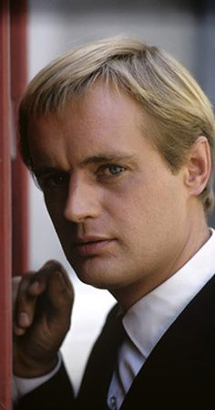 David McCallum - THE MAN FROM U.N.C.L.E. tv series