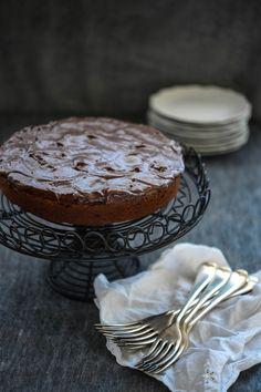 Chocolate & Banana Cake (no dairy or eggs) - a luscious, dense cake for chocoholics