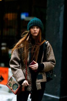 Street Style New York : les plus beaux looks de la Fashion Week - Elle Street Style New York, Looks Street Style, Street Style Women, Cold Weather Fashion, Cold Weather Outfits, Winter Fashion, La Fashion Week, New York Fashion, Street Fashion