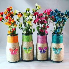 27 Best Ideas for wedding diy ideas spring wine bottles Glass Bottle Crafts, Diy Bottle, Bottle Vase, Wine Bottles, Glass Bottles, Jar Crafts, Diy And Crafts, Diy Spring Weddings, Vase Design
