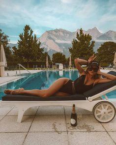 Summer Instagram Pictures, Summer Pictures, Beach Pictures, Pool Poses, Beach Poses, Pool Picture, Picture Poses, Summer Poses, Beach Photography Poses
