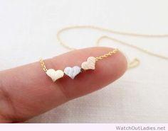 Tiny 3 hearts necklace