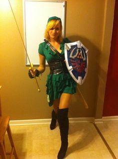 Link cosplay from Zelda Link Cosplay, Cosplay Anime, Cosplay Girls, Female Cosplay, Cosplay Makeup, Cosplay Outfits, Halloween Costumes Women Creative, Diy Halloween Costumes For Women, Easy Halloween